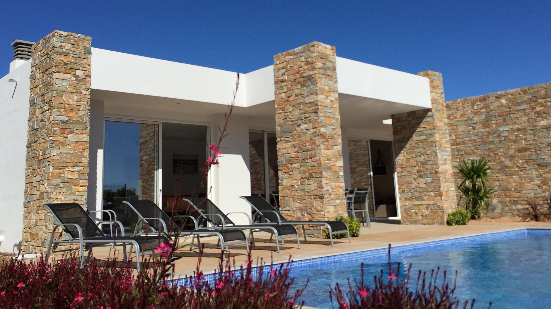 Villa -                                       Alcanar -                                       3 dormitorios -                                       8 ocupantes